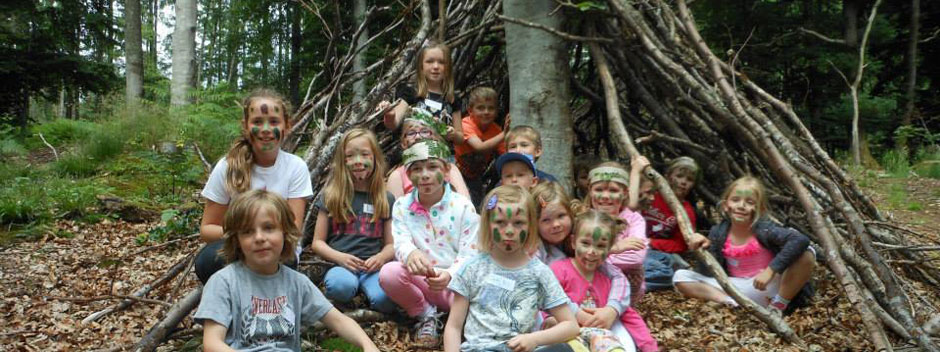 woodland adventures for kids In Moray with Earthtime